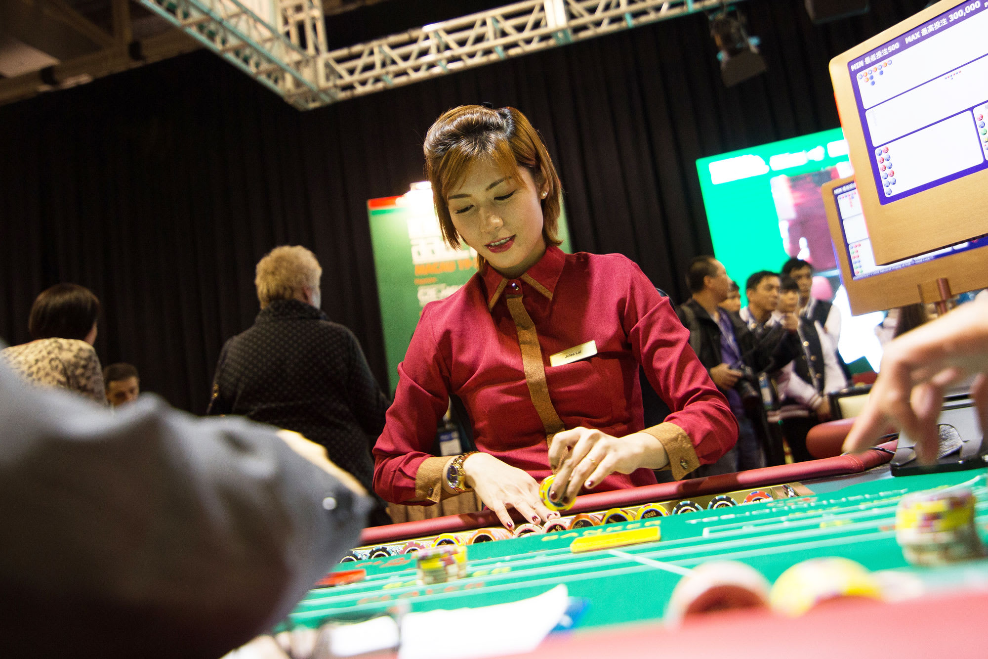 The Advantages Of Sports Betting - Why Should You Bank On Sports?